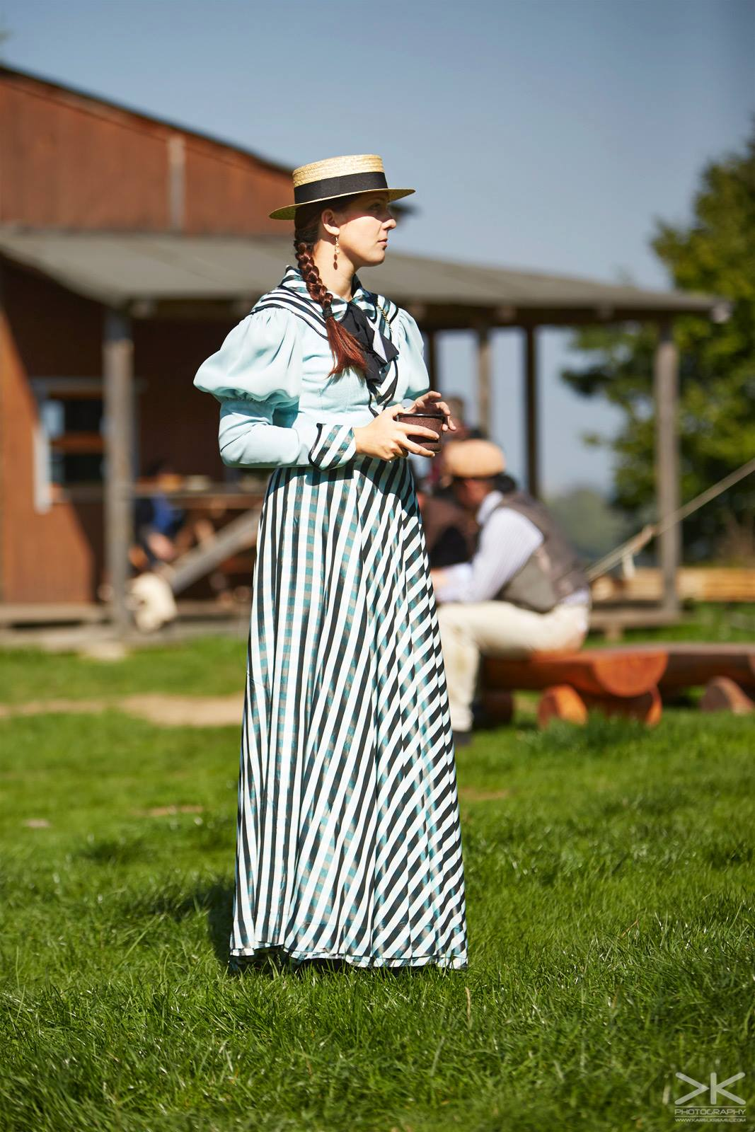 šaty western